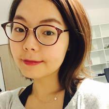 โพรไฟล์ผู้ใช้ Eun Hee