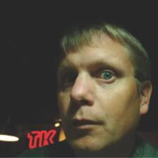 Troy felhasználói profilja
