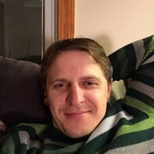 โพรไฟล์ผู้ใช้ Linus