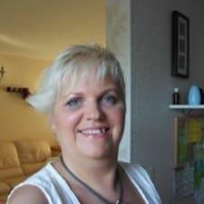 Profil Pengguna Annemie