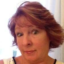 Profil Pengguna Tina
