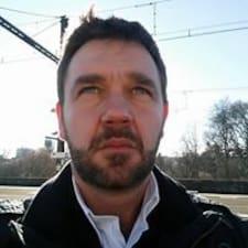Alain-Stéphane felhasználói profilja