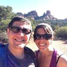 Seth & Laura felhasználói profilja