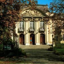Henkilön Balatoni Múzeum käyttäjäprofiili