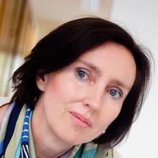 Claudia-Elisabeth User Profile
