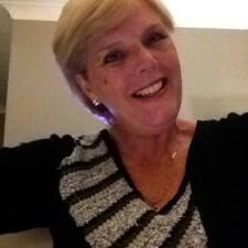 โพรไฟล์ผู้ใช้ Anne Lorraine