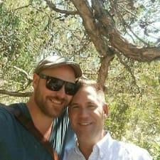 David And Adam Brugerprofil