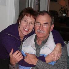 โพรไฟล์ผู้ใช้ Elizabeth & Dan