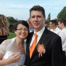 Emilie & Pierre User Profile