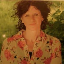 โพรไฟล์ผู้ใช้ Donna
