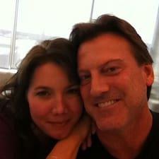 Stephany & David felhasználói profilja