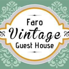 Faro is the host.