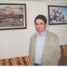 Murat es el anfitrión.