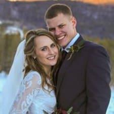 Profil korisnika Natalie & Jordan