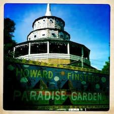 Paradise Garden is a superhost.