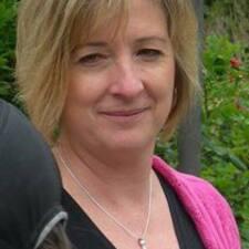 Jennifer felhasználói profilja