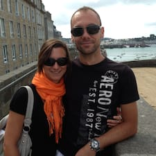 Laétitia Et John User Profile