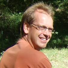Arnoud User Profile