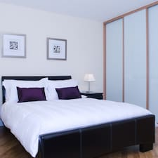 Leamington Serviced Apartments je domaćin.