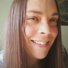 Потребителски профил на Renee
