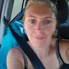 Profil Pengguna Corinne Stephane