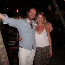 Tim & Katie è l'host.