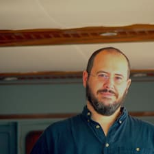 Frédéric Superhost házigazda.