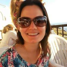 Taísa User Profile