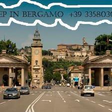 Central Bergamo  Home è l'host.