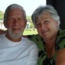 Profilo utente di George And Leslie