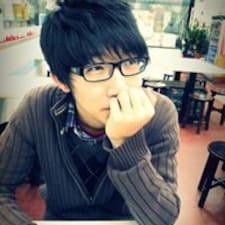 Henkilön Chun Yi käyttäjäprofiili