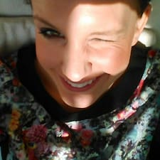 Esther-Dorothee User Profile