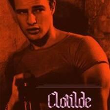 โพรไฟล์ผู้ใช้ Clotilde