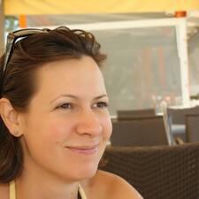 Profilo utente di Ibolya Nikoletta