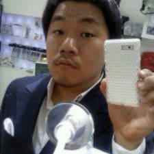 โพรไฟล์ผู้ใช้ Sung Ho