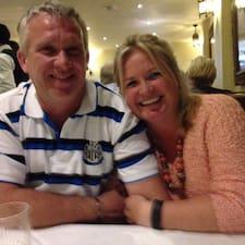 โพรไฟล์ผู้ใช้ Mark And Louise
