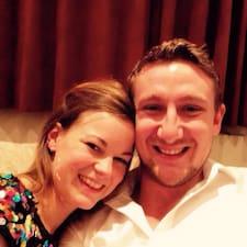 Profil Pengguna Annabel & Luke