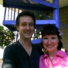 John & Carol ist der Gastgeber.