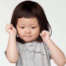 โพรไฟล์ผู้ใช้ Yiwen