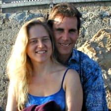 Eric Hansen & Mary Abrams的用户个人资料