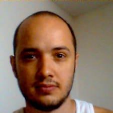 Santiago的用戶個人資料