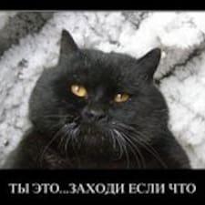 Vasilij is the host.