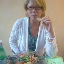 Susan è l'host.