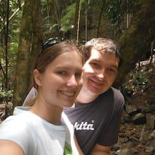 Christine & John Kullanıcı Profili