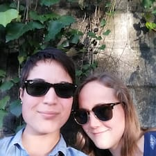 Profil korisnika Cece And Sarah