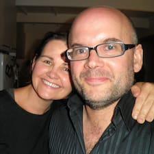 Profil Pengguna Julie And Arjan