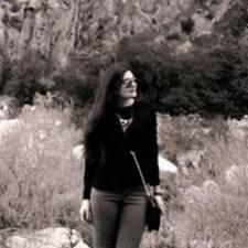 Mayraa felhasználói profilja