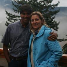 โพรไฟล์ผู้ใช้ Vijay And Jalene