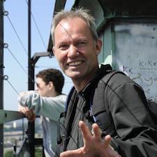 Hans Ulrichさんのプロフィール