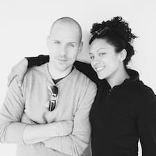 Profil korisnika Adrian & Liz